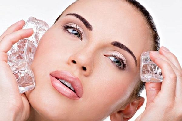 massage mặt bằng đá lạnh, cách dùng đá lạnh làm đẹp, cách sử dụng đá lạnh làm đẹp, chống lão hóa, cách massage mặt bằng đá lạnh